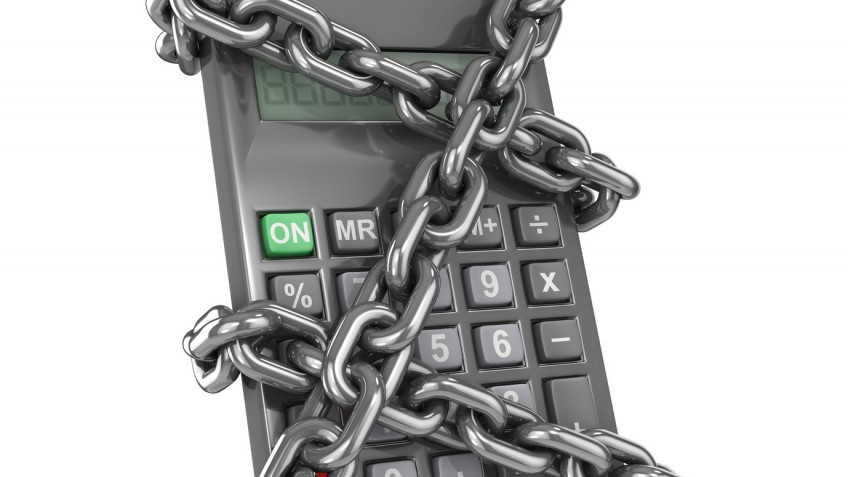 Chained calculator from the side